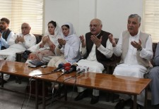ANP leaders offer prayers